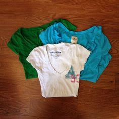 Bundle of 3 T-shirts Bundle of 3 T-shirts, all 3 size-S, White one is Arizona brand, Blue one is Hollister w/ cute ruffle, and green one is Old Navy, all in good condition Tops Tees - Short Sleeve