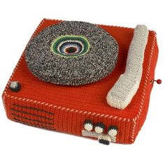 awesome crochet/knit record player. i just love retro toys like this one