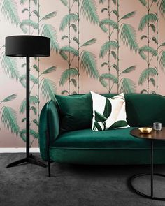 LUSCIOUS AND STYLISH design by 💚💖💚🙌 - Luscious velvets, like this emerald-toned sofa styled by are the perfect contrast to Palm Leaves sugared palette. Order a sample through email the link in our bio. Palm Leaf Wallpaper, Bold Wallpaper, Tropical Wallpaper, Beautiful Wallpaper, Print Wallpaper, Textured Wallpaper, Cole And Son Wallpaper, Sofa Styling, Living Room With Fireplace