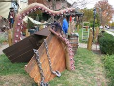 Kraken Tentacles and a Ship for Them to Destroy!, Kraken Tentacles and a Ship for Them to Destroy! Pirate Halloween Decorations, Pirate Halloween Party, Pirate Decor, Fairy Halloween Costumes, Halloween Party Supplies, Pirate Theme, Outdoor Halloween, Halloween House, Holidays Halloween
