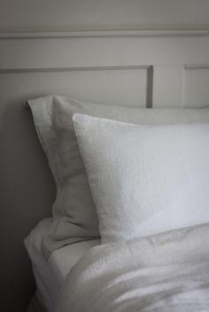 Dove Grey and White Washed Linen Bedlinen - www.thelinenworks.co.uk