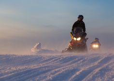 This is an exciting snowmobile safari for the beginners as well as more experienced drivers. After the safety and driving instructions, we drive by snowmobiles through snowy forests, on frozen lakes and swamps in western Lapland. Our skilled snowmobile guide teaches you the driving techniques, how to cross the roads and drive safely on the ice. We stop for a cup of hot drink and a doughnut on the way.