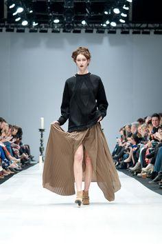 Chloé comme Parris @World Mastercard Toronto Fashion Week via Refinery29