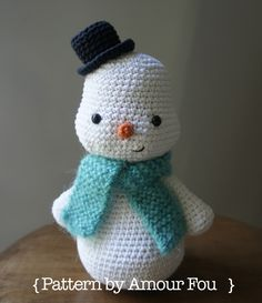 { Amour Fou | Blog }: { Patrón Gratis: ¿Y si hacemos un muñeco? | Free Pattern: Do you want to build a snowman? } ༺✿Teresa Restegui http://www.pinterest.com/teretegui/✿༻