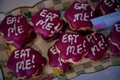 Eat ME - Alice in weddingland cookies