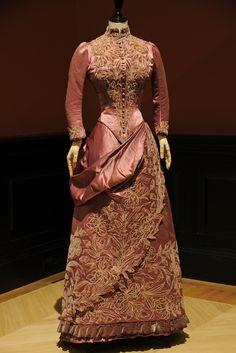 Maison Soinard day dress, circa 1887, worn by the Comtesse Greffulhe.