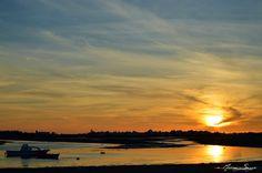SE HACE CAMINO AL ANDAR: Puestas de sol en Isla Cristina Andalucia, Beautiful Places, Spain, Celestial, Sunset, Outdoor, Sunsets, Window, Drive Way