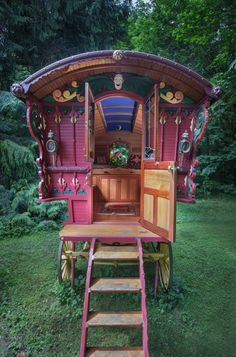 Your Place: A Bainbridge Island woman invests hours of labor into a handcrafted backyard caravan Gypsy Trailer, Gypsy Caravan, Gypsy Wagon, Caravan Decor, Caravan Ideas, Glamping, Carriage Lights, Tiny House, Gypsy Home
