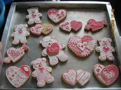 valentines day sugar cookies (royal icing)