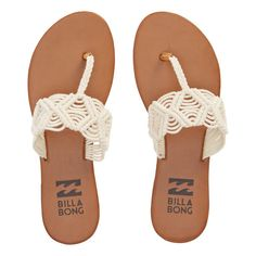 Billabong Sandals Let your sandals be a reflection of your free spirit. Finish off effortless outfits with a few choice trims and well-curated sandals. - Macramé sandal. - Classic thong style. - Scree