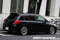 I wish my versa was low 😢 Nissan Tuning, Nissan Versa, Nissan Murano, Amazing Cars, Sport Cars, Custom Cars, Automobile, Bike, Beetle Bug