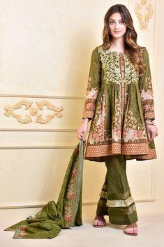 Pakistani Dresses Party, Pakistani Frocks, Simple Pakistani Dresses, Pakistani Fashion Casual, Pakistani Dress Design, Pakistani Outfits, Salwar Designs, Kurta Designs Women, Stylish Dresses For Girls