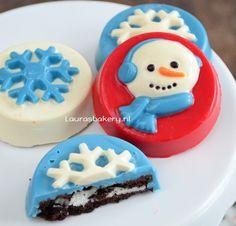 Chocolade Oreo kerstkoekjes  via @laurasbakeryNL