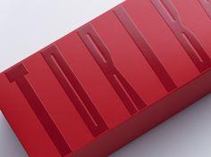 Red Envelope, Envelope Design, Business Inspiration, Packaging Design Inspiration, Print Layout, Layout Design, Red Packet, Cosmetic Design, Badge Design