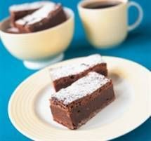 Our CSR Baking nation site has hundreds of recipes that are sure to keep you coming back for more. Home of the Baking Nation. Chocolate Fudge Brownies, Blondie Brownies, No Bake Brownies, Sweet Brownie Recipe, Brownie Recipes, Blondie Bar, Cook Up A Storm, Sweet Recipes, Delish