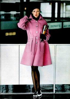 L'officiel magazine 1972, pink Chloe coat