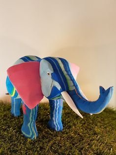 e5debd5d4cc6 48 Best Animals Made From Recycled Flip-Flops images