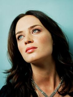 Emily Blunt . UN MISTERIO HECHO MUJER.