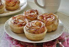 Az otthon ízei: Almarózsa Cheesecake, Muffin, Breakfast, Food, Morning Coffee, Muffins, Meal, Cheesecakes, Essen