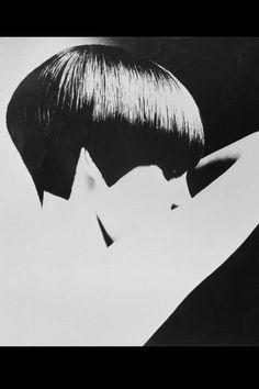Peggy Moffitt - Vidal Sassoon's Most Famous Haircuts - Grace Coddington, Peggy Moffitt Hair Styles by Vidal Sassoon - ELLE