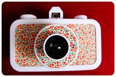 pearlgirl77 amde ehr La Sardina match her SX-70 Polaroid camera.