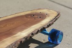 31 & Change is a Chicago based furniture company that have turned their attention to skateboards of late and for anyone who is a fan of the pursuit, they are sure to be glad they did because these stunning wood longboards offer a visual appeal quite unlike anything else out there. Each one o