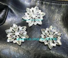 ru.aliexpress.com store product 5pcs-lot-43mm-round-glass-mariquesa-crystal-rhinestone-button-sewing-on-for-fur-coat-bag-big 929246_32654645560.html?spm=2114.12010615.0.0.HBMeAO