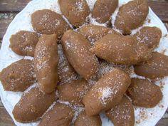 Greek Sweets, Greek Recipes, Pretzel Bites, Sausage, Almond, Recipies, Bread, Desserts, Food