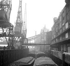 Cranes at St Katherine Dock