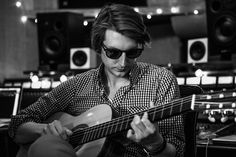 How an Amsterdam Trip Turned Singer Songwriter Eric Hutchinson Into a Weedist | Weedists can be many different kinds of people, and many times it's the cannabis that finds them. Singer/songwriter Eric Hutchinson is one who wasn't expecting to have such a great time with Mary Jane.
