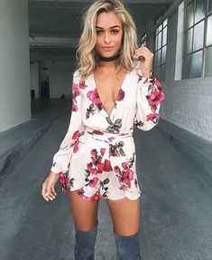 Women Strap Floral Printed Pleats Tunic Swing Dress Summer Slim Dress post by Togemall Dressy Outfits, Sexy Outfits, Casual Dresses, Cool Outfits, Fashion Outfits, Fashion Trends, Spring Summer Fashion, Spring Outfits, Rompers Dressy