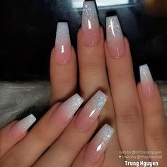 Acrylic Nails Coffin Short, Simple Acrylic Nails, Best Acrylic Nails, Coffin Nails Ombre, Glitter Ombre Nails, Glitter French Nails, French Manicures, White Acrylic Nails With Glitter, Acrylic French Manicure