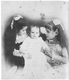 In Their Father's Image: Susy, Clara and Jean Clemens. March 24, 2016 – January 24, 2017. The Mark Twain House & Museum, Hartford, Connecticut www.marktwainhouse.org Samuel and Olivia Clemens's three daughters – Olivia Susan Clemens, born 1872, Clara Langdon Clemens, born 1874, and Jane Lampton Clemens, born 1880 – were highly individual and spirited individuals in their own right. Image: Clara, Jean, Susy.