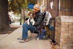 Moradores de rua e seus fiéis companheiros em comovente ensaio | Catraca Livre