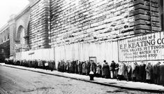 People line up for food in New York City, 1930s