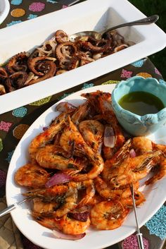 Oregano Grilled Squid with Olive Lemon Dressing, Thyme and Bay Leaf Grilled Octopus with Grilled Red Onion and Capers Octopus Recipes, Fish Recipes, Seafood Recipes, Appetizer Recipes, Salad Recipes, Dinner Recipes, Seafood Salad, Seafood Dishes, Fish And Seafood