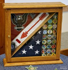 Are you holding an Eagle Scout Court of Honor soon? Check out the great Eagle Scout Court of Honor ideas in this post to help make your planning easier. Eagle Scout Gifts, Eagle Scout Cake, Brownie Girl Scouts, Girl Scout Swap, Girl Scout Leader, Eagle Scout Project Ideas, Eagle Scout Ceremony, Scout Activities, Girl Scout Crafts