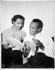 Harry Belafonte and Dorothy Dandridge read the script for Bright Road Old Hollywood Glamour, Hollywood Actor, Vintage Hollywood, Classic Hollywood, Ms Jones, Best Actress Oscar, Harry Belafonte, Dorothy Dandridge