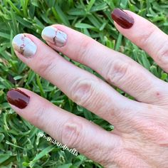 When it comes to nail looks that are for everyone check out our over 291 designs. Pair solids with nail art and create looks like this Us Nails, Love Nails, Crazy Eyes, Brown Nails, Nail Polish Strips, Nail Wraps, Rarity, Halloween Nails, Eye Candy
