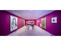 Magenta Room - Jorge Rando Museum, Malaga, Spain. Architectural project: Jose Antonio Gonzales Vargas. Lighting products: iGuzzini illuminazione. Photographed by: Jesús Granada. #iGuzzini #LaserBlade  #wallwasher #lighting #Spain