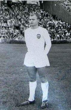 GUILLOT (VALENCIA C.F. - 1966-67)