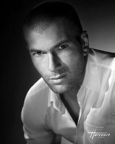 Zinedine Zidane chez Studio Harcourt (ene 2011)