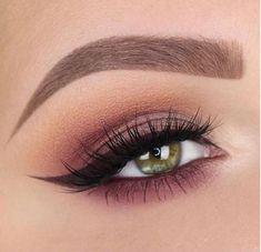 47 Smokey Eyes Makeup Ideas to Inspire You – Beauty Make up Styles Eye Makeup Glitter, Blue Eye Makeup, Eye Makeup Tips, Smokey Eye Makeup, Eyeshadow Makeup, Makeup Brushes, Makeup Ideas, Makeup Tutorials, Makeup Hacks
