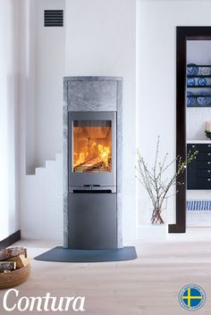 CONTURA 790T | This wood stove is fully clad in natural heat retaining soapstone. Choose powerstone heat tank for extra long post heat.