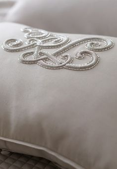 "Ralph Lauren presents its newest collection of linen: ""Signature Classics"". Monogram Design, Monogram Fonts, Monogram Letters, Applique Designs, Embroidery Designs, Embroidery Monogram, Lace Embroidery, Custom Embroidery, Passementerie"