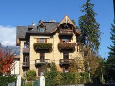 Merano (Bz) - Una bellissimo palazzo tirolese  #TuscanyAgriturismoGiratola