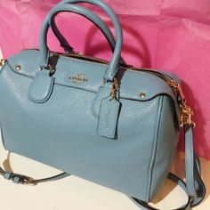 """Coach pebble leather Bennett satchel nwt Coach pebble leather Bennett satchel nwt. F36672. Bennett Leather and gold tone hardware Color: Bluejay Size: 9 1/2""""(L) x 6 1/2""""(H) x 4 1/2""""(W) and double handles with 3 1/4""""drop Size: MINI Removable adjustable longer strap for shoulder or crossbody wear Zip-top closure  Inside zip, cell phone and multifunction Coach Bags Satchels"""