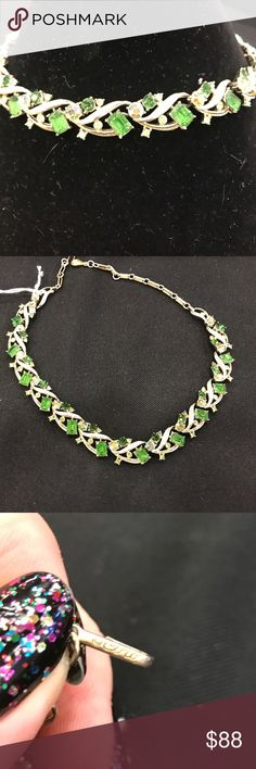 Beautiful Coro necklace One missing stone at the end.- not noticible when wearing Vintage Jewelry Necklaces
