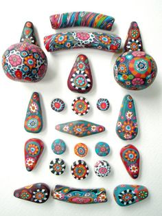 DIY Painting on collected stones from the beach | enjoy the colorful patterns