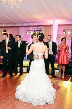 Coral + Gold William Aiken House Charleston SC Wedding // Dana Cubbage Weddings // www.danacubbageweddings.com